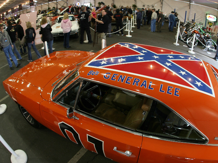 general lee at car show